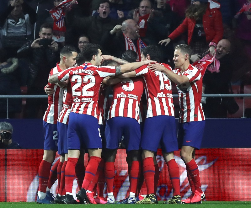 Atletico Madrid suspend training for two weeks