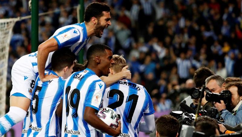 Real Sociedad confirm U-turn on training return