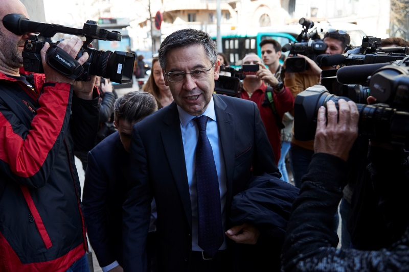 Dates for vote of no confidence in Barcelona president Bartomeu