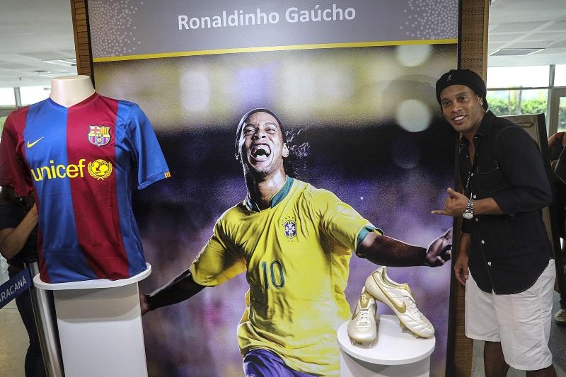 Gerard Deulofeu claims Ronaldinho was a better player than Lionel Messi