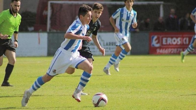 Barcelona sign teenage star Dani Rodríguez from Real Sociedad