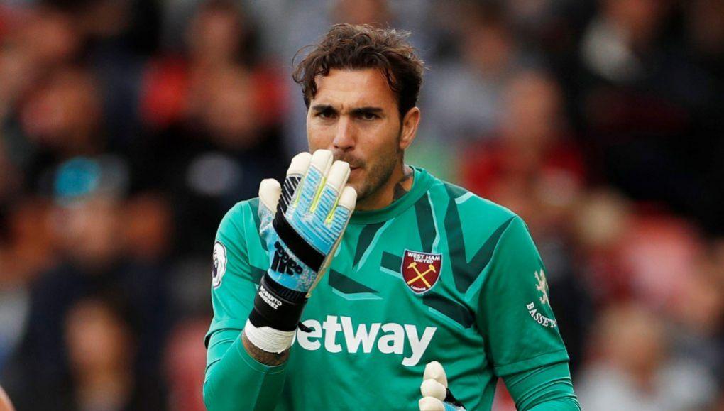West Ham goalkeeper Roberto Jimenez