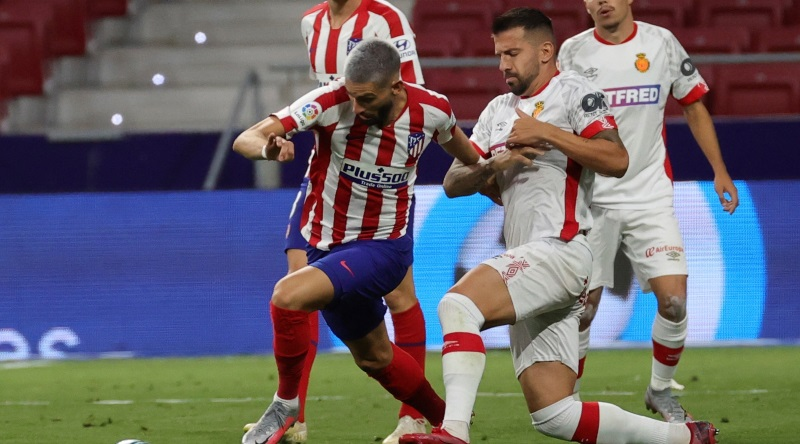 Atletico Madrid close to permanent deal for Yannick Carrasco