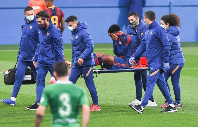 Barcelona defender set for six-week injury layoff