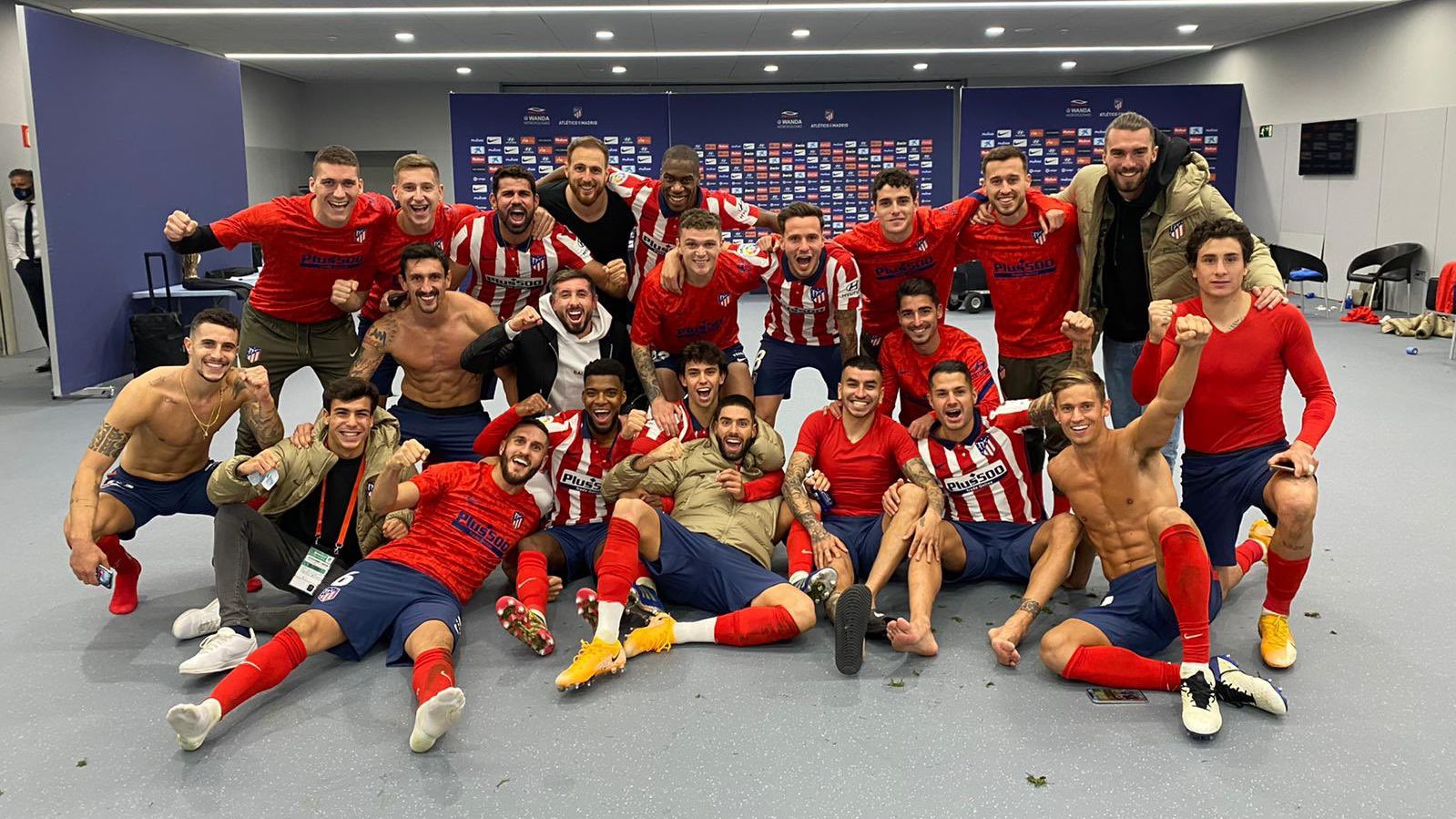 Atletico Madrid the picture of unity after Barcelona victory