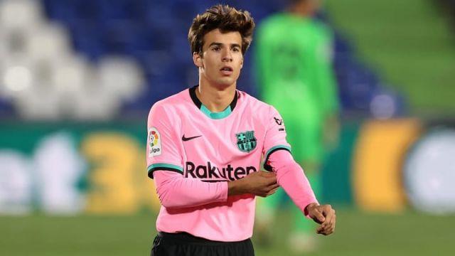 Riqui Puig Agrees New Contract At Barcelona Football Espana Ricard riqui puig martí (catalan pronunciation: riqui puig agrees new contract at