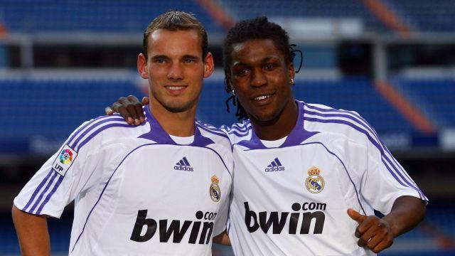Wesley Sneijder y Royston Trente