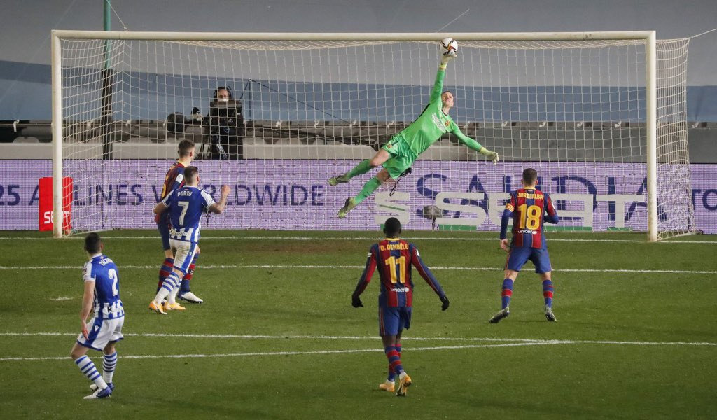 Watch: Thrilling penalty shoot-out victory sends Barcelona into the Supercopa de Espana final