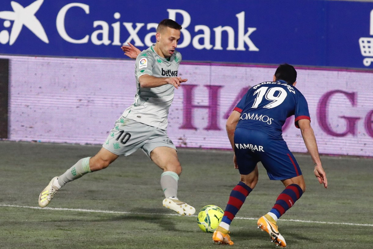 Real Betis snatch late La Liga win away at Huesca - Football Espana