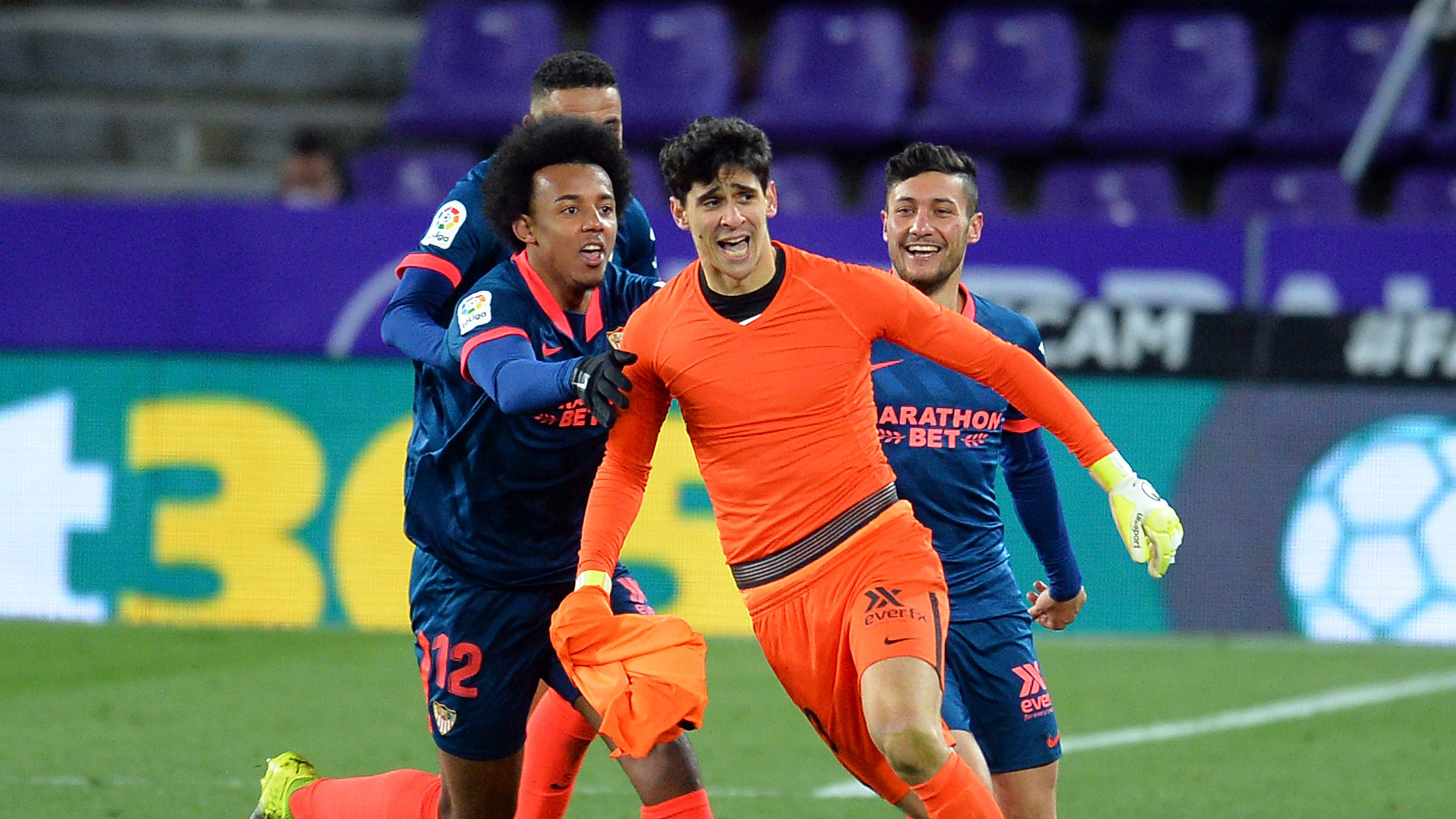 WATCH: Sevilla GOALKEEPER Bono nets sensational equaliser at Real  Valladolid - Football Espana