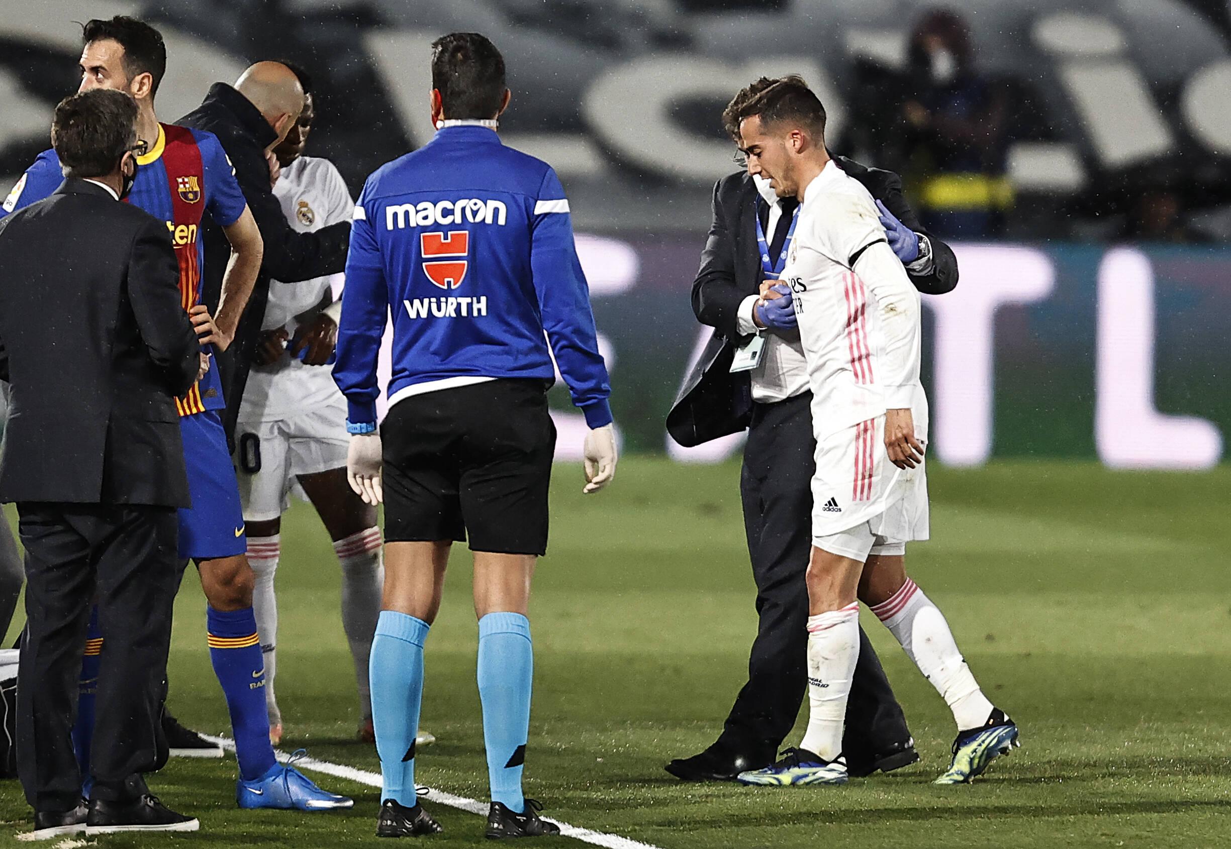Spanish Football Evening Headlines Lucas Vazquez To Miss Rest Of Season Valencia Draw With La Real And Osasuna Beat Villarreal Football Espana