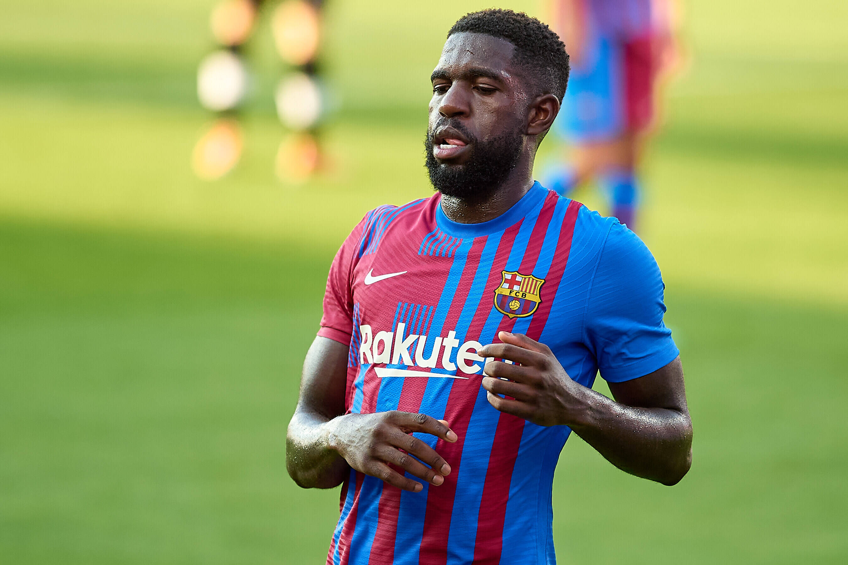Barcelona offered chance to make €10m transfer windfall amid financial crisis