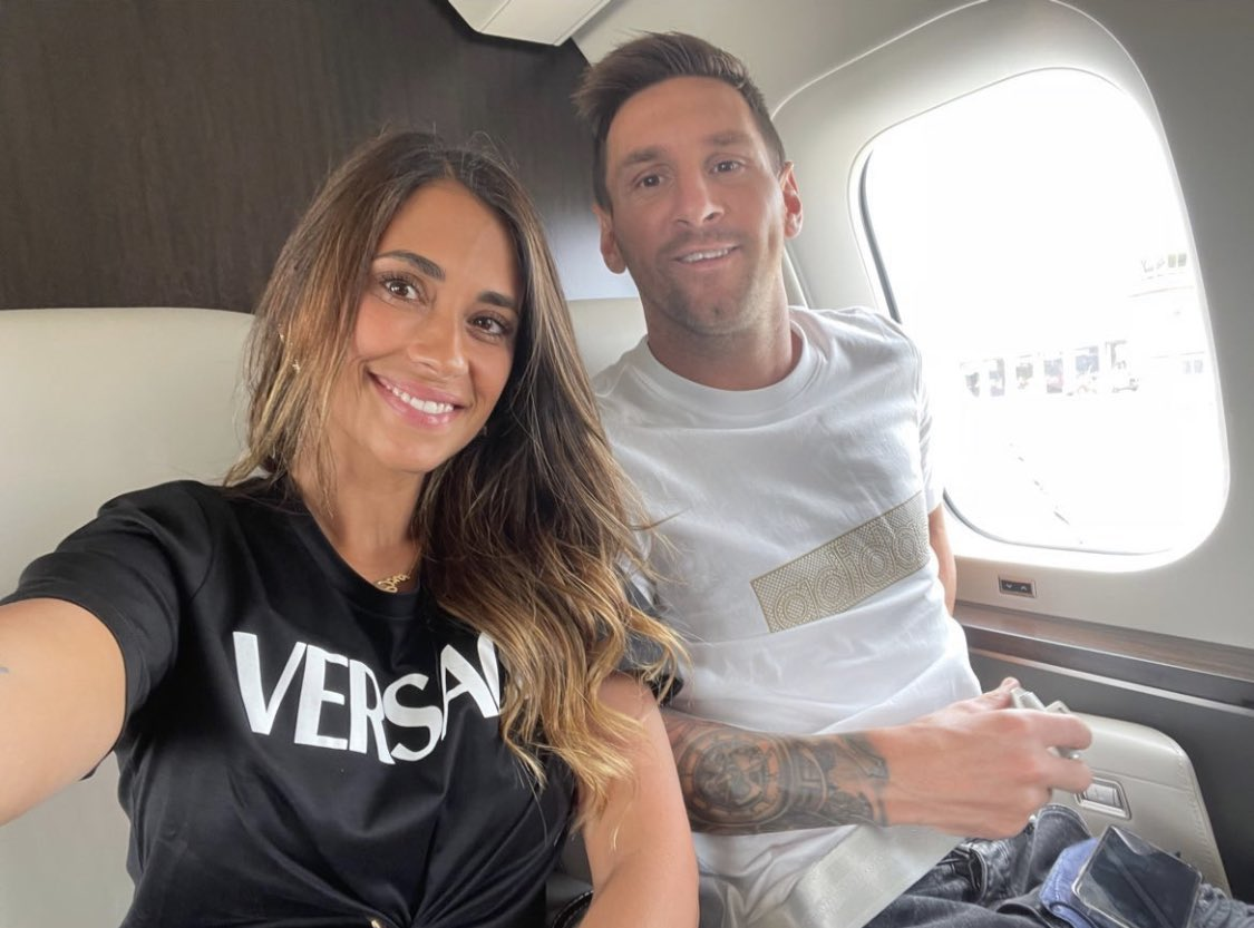 Spanish football evening headlines: Messi joins PSG amid fan hysteria, shirts already sold out