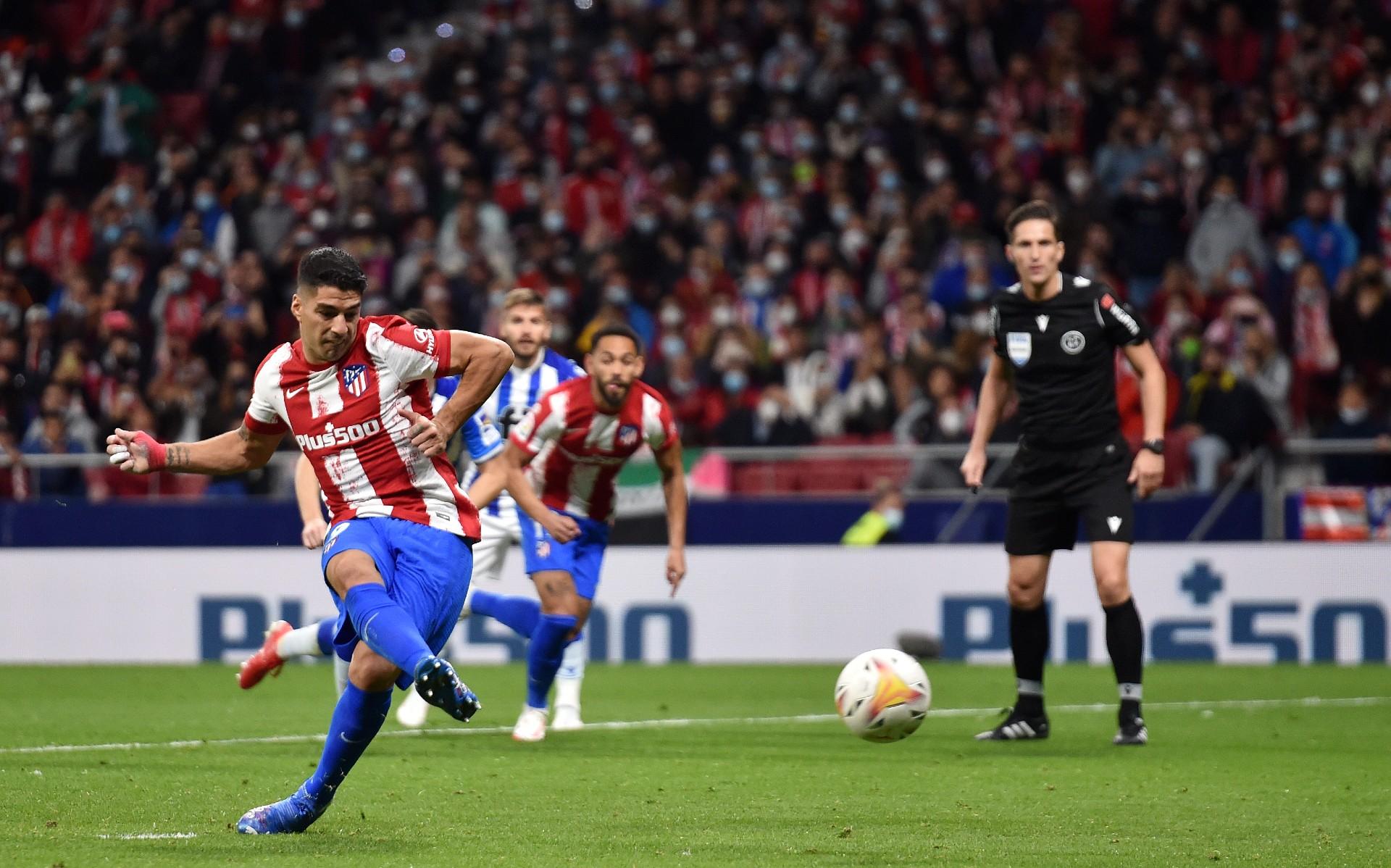 Diego Simeone hails 'extraordinary' Luis Suarez in Real Sociedad draw